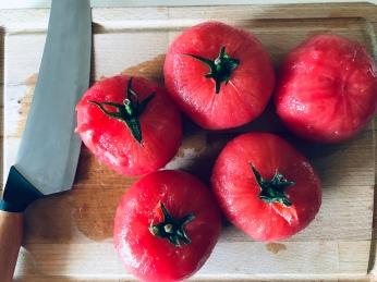 Peeled beefsteak tomatoes